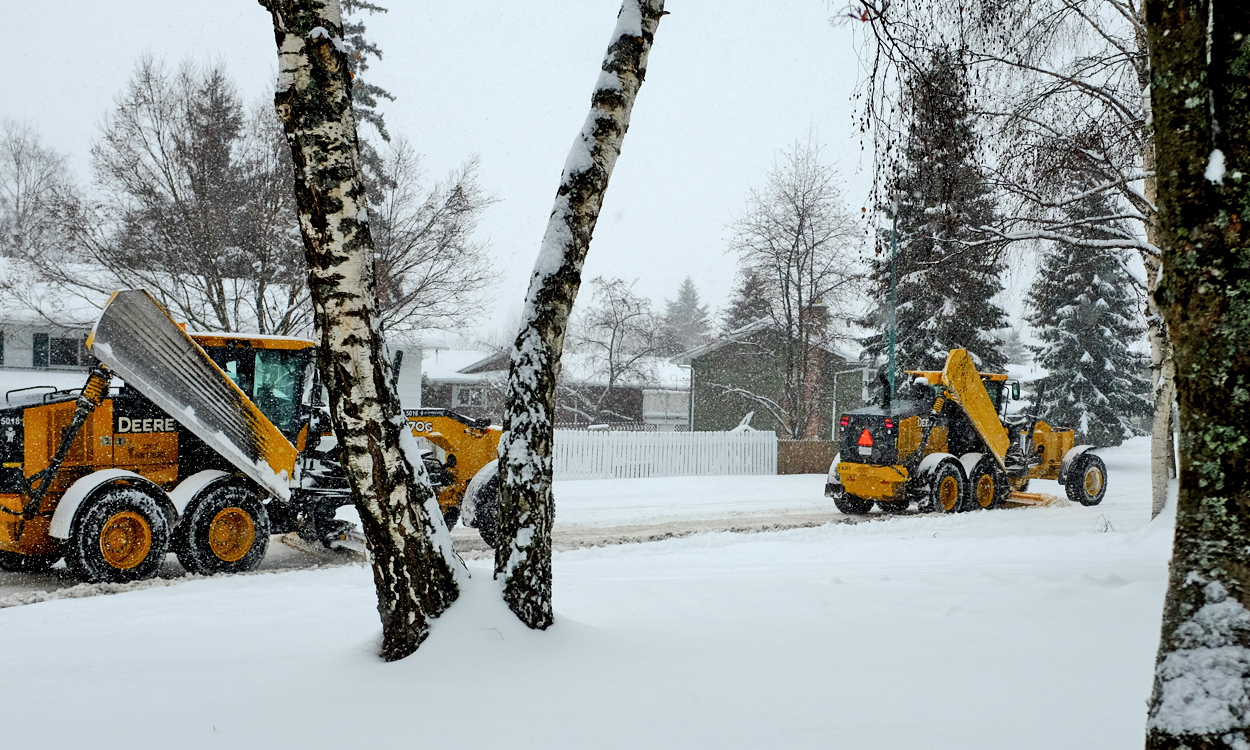 Crews continuing snow and ice control operations in residential neighbourhoods